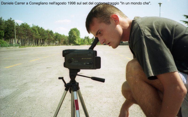 """Daniele Carrer a Conegliano nell'agosto 1998 sul set del cortometraggio """"In un mondo che"""""""